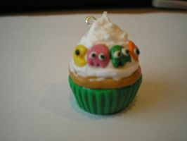 Pacman Cupcake Charm by MissGriss