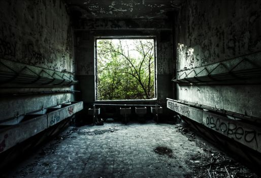 Abandonned  HQ 01 by gd08