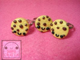 Little Chocolate Chip Cookie Rings by efeeha