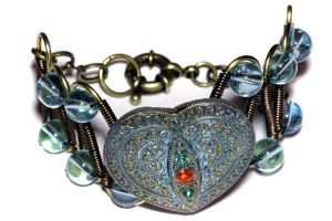 Bracelet - Czech Glass Blue Heart Rhinestones by CatherinetteRings