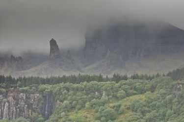 Old Man of Storr, Skye by ukwreckdiver
