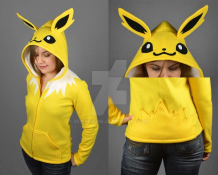 Jolteon Hoodie by SewDesuNe