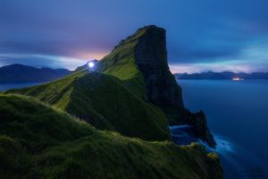 The light of the night by LinsenSchuss