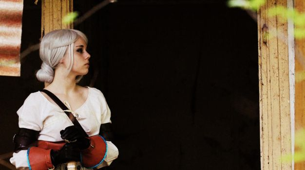 Cosplay: Ciri - The Witcher by MagiaWody07