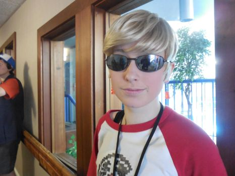 Bakurestsu Con 2014: Dave Strider Cosplay by APnucka
