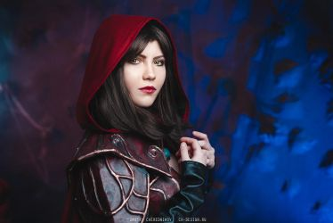 Castlevania: Lords of Shadow Carmilla Cosplay by ondinesviolence