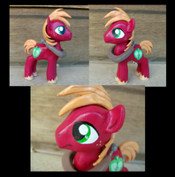 Big Macintosh Figure by LostInTheTrees