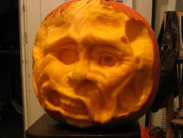 Pumpkin carving by deadletterhead