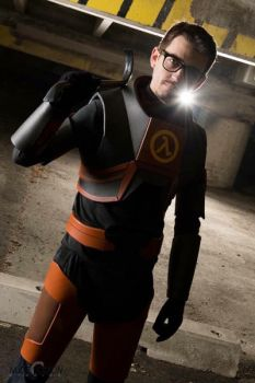 Gordon Freeman from half life 2 by BarbarianProps