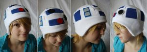 R2D2 Hat by akiseo