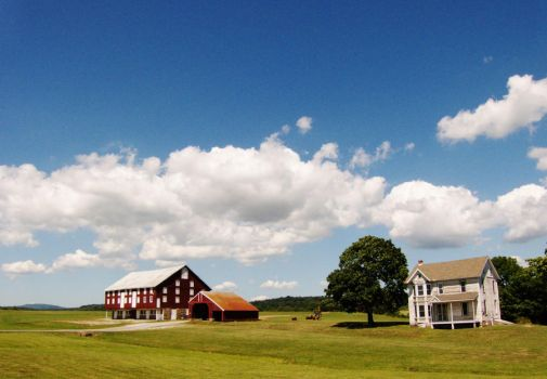 Old Farmhouse and Barn by ecfield