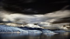 Reservoir island IR by NickSpiker