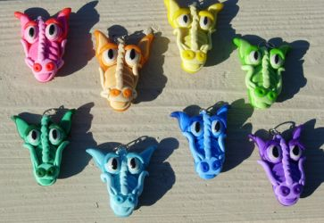 Dragon Charms by MamaLucia