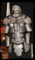 woman leather armor metal effect by Lagueuse