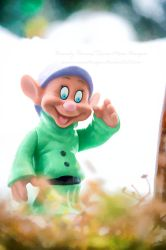 Dopey Says Hi by RavenMoonDesigns