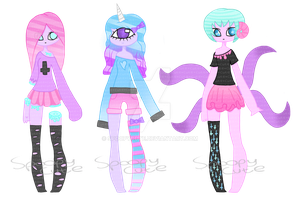 Weird adopts CLOSED by Spoopycute