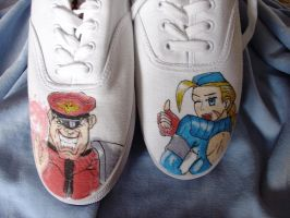 Bison and Cammy at my feet n_n by Shadaloo1989