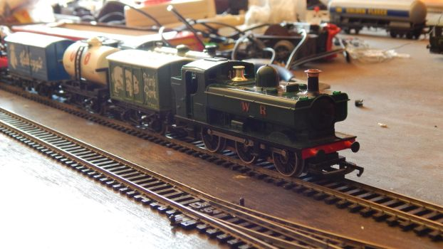 New Trains - 1975 GWR Freight Set (1) by CaptainKman