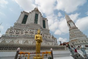 Bangkok with love - Buda and architecture by Rikitza