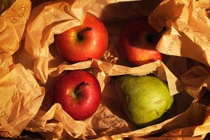 apples by manahan