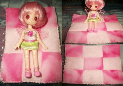 Doll Play Quilt by Ashori