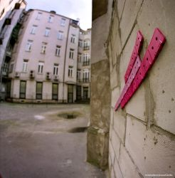 pink cassette inside house by 6x6format