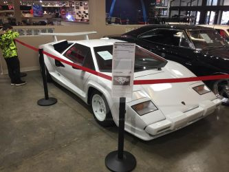 Lamborghini Countach by iannathedriveress