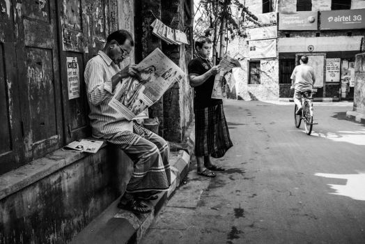 Kolkata #12 - Newsreaders by siddhartha19