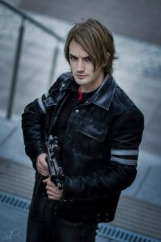 Game Over - Leon Kennedy Cosplay RE6 by Leon Chiro by LeonChiroCosplayArt