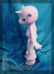 Magic the Unicorn - blank by TheMushroomPeddler