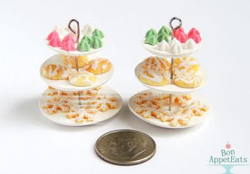 1:12 Christmas Cookie Dessert Stands by PepperTreeArt