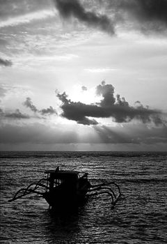 ..:morning boat:.. by silentview