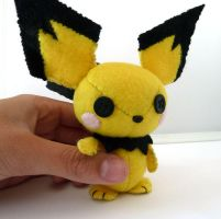 my first Pichu plushie by Shlii