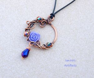 Victorian copper wire wrapped pendant by IanirasArtifacts
