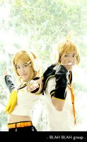 Vocaloid - Kagamine Twins by soulCerulean