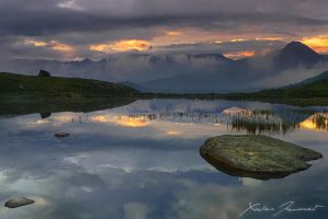 The light beyond the clouds by XavierJamonet