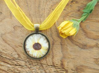 Sunflower Pendant by Sanakata