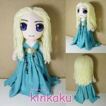 Game of Throne : Daenerys Plush by kinkaku