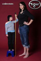 Tall woman measure by lowerrider