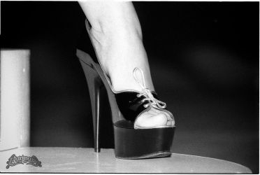Some serious heels by Falcao19