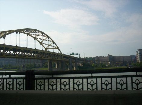 Pittsburgh by oldsoulwithabadname