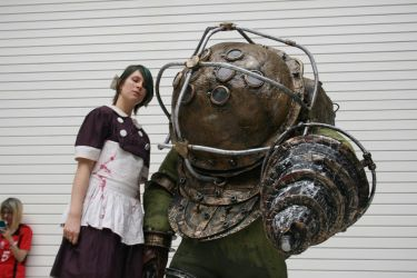 Big Daddy And Little Sister Cosplayers by Collioni69