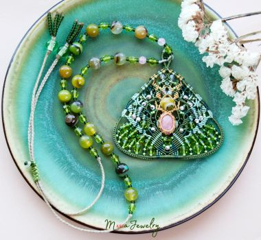 Green Abstract Macrame Common Fig by borysbrytva
