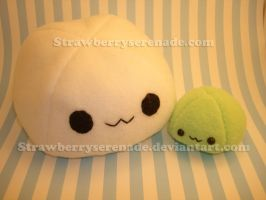 Lrg White Sm Green Mochi by Strawberryserenade