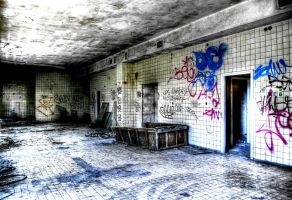 Decay by Beezqp