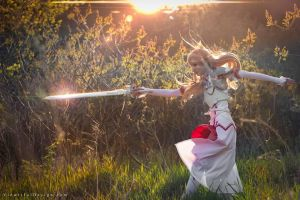 Asuna Sword Art Online Cosplay by vikkiievoltage