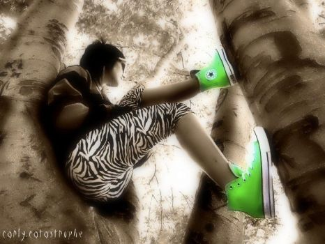 green shoes by carly-catastrophe
