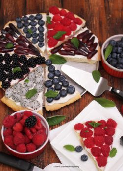 Fruit Pizza with Sugar Cookie Crust by theresahelmer