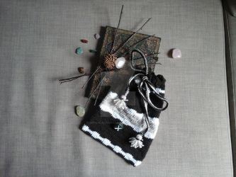 Rune bag by WitchLadyArtisan