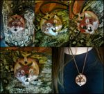 Natural clay Wolf Pendant by VoceDelBosco